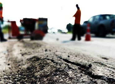 Which Asphalt Sealant Will Work Best For A Commercial Parking Lot